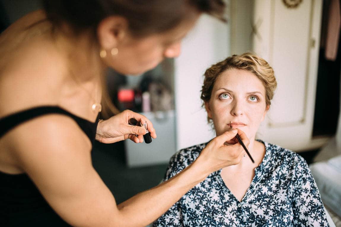 Getting Ready Schminken Braut