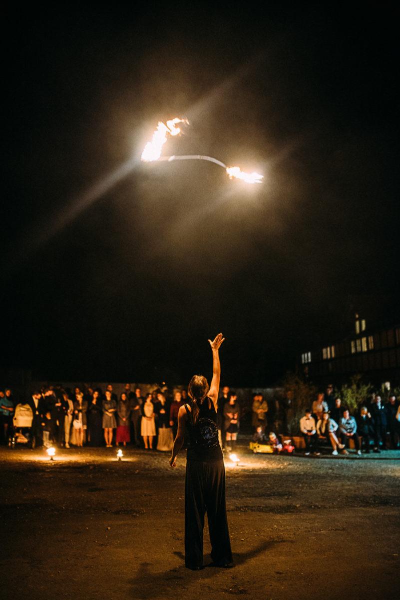 Landhochzeit Gut Neumark Feuerwerk Feuershow