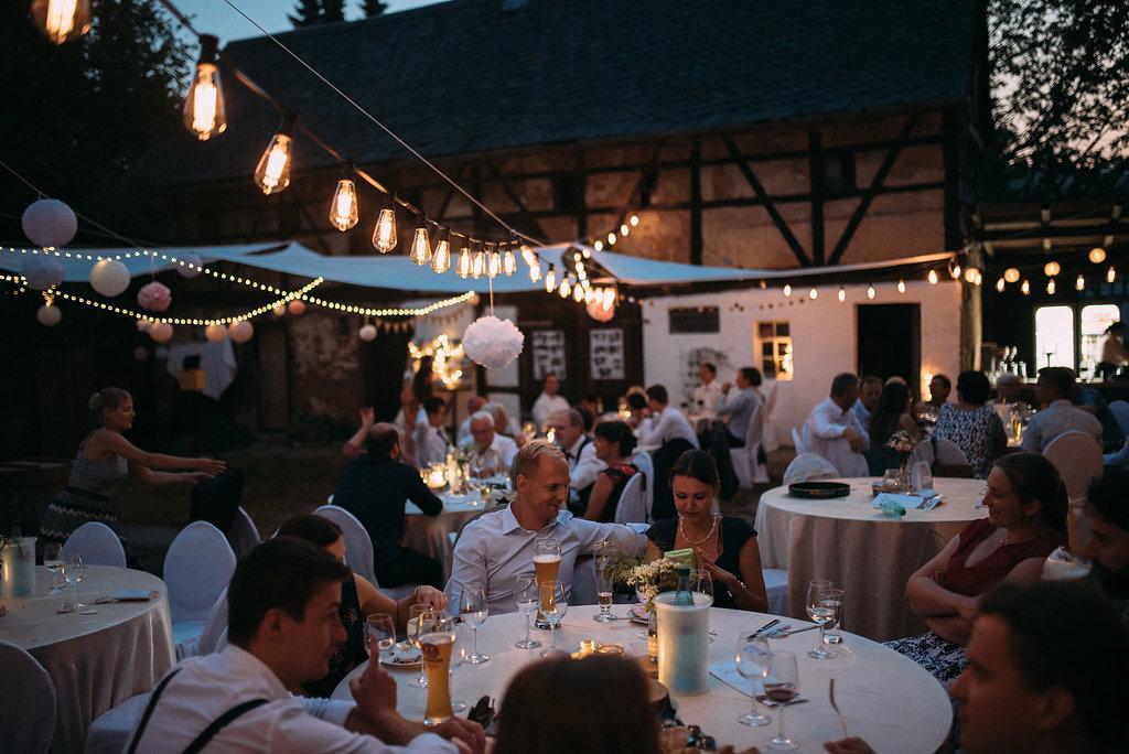 Vintage Retro Lichterkette Mieten 20 Meter I Dekoverleih Hochzeit