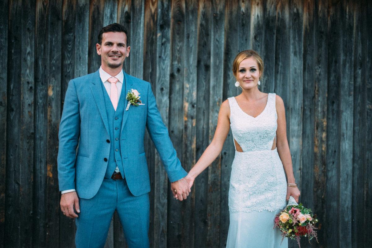 Hochzeitsbilder Scheunentor
